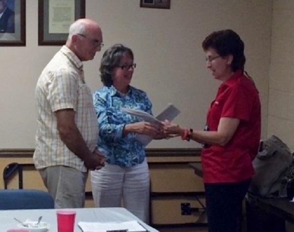 Tim Scovill, Rhonda Scovill, Linda Bradshaw (photo credit Hank Smith)